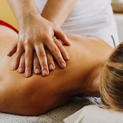 Ganzkörper-Massage mit Hot Stone